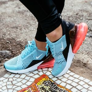 Nike Air Max 270 in Blue, Pink & White